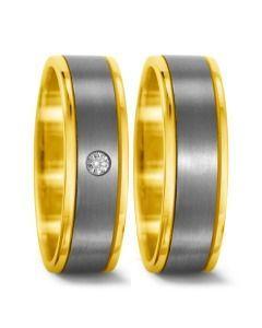 schöne schlichte Eheringe aus 750/- Gelbgold & Titanium