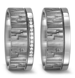 strukturierte Eheringe aus Titanium mit vielen Diamanten