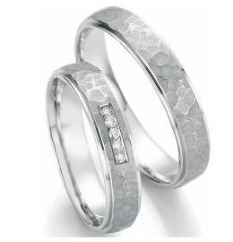 Romantische Trauringe Weißgold mit Diamanten