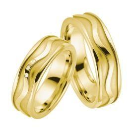 exklusive breite Ringe zur Trauung Eheringe aus Gelbgold