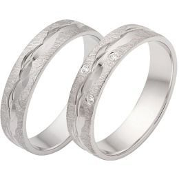 edles Design Eheringe aus Weißgold Diamanten