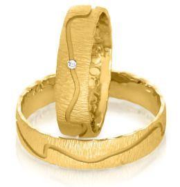 edle Ringe zur Hochzeit mit Brillant aus Gelbgold
